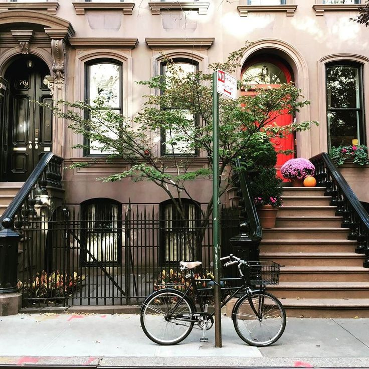 Greenwich Village has stolen my heart with exteriors like these. Favourite New York borough most definitely  #greenwichvillage #newyork #exterior  #steps #favourite #bicycle #streetphotography #streetview #fromwhereistand #igtravels #travelphotography #instatravel #travelgram #sharetravelpics #vscocam #vsco #vscotravel #vscophile #wanderlust #lifewelltravelled #passionpassport by sopania