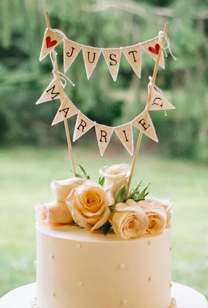 30 Wonderful Vintage Wedding Cake Toppers | Wedding Forward