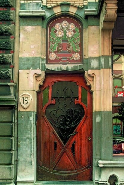 Art Nouveau door & facade on Rue St. Boniface, Brussels, 1900 ~ E. Blérot.