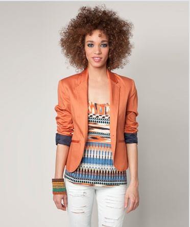 ¿De qué color te atreves a llevar un blazer? Blazer naranja de Bershka  http://www.deli-cious.es/index.php/chaquetas/760-blazer-americana-topshop-amarillo: Light Pink Blazers, Bershka Blazers, Fashion Crafts, Crafts Refashion, Diy Fashion, Blazers Naranja, Fashion Color, Bershka, Color Te