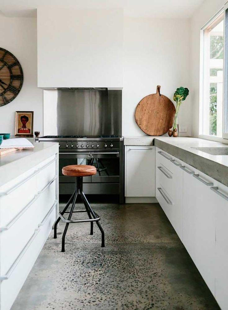 trend-alert-polished-concrete-floors-1629675-1453378728.640x0c