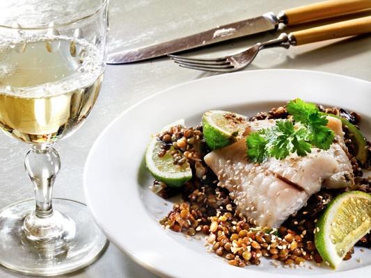 Stekt torsk og puylinser med aubergine