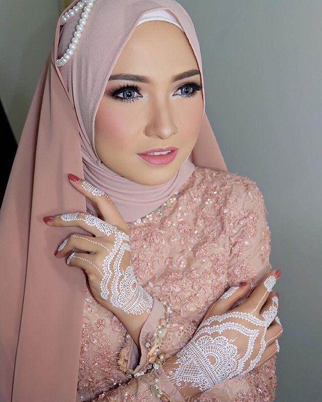 Muslim Brides / Akad Nikah Makeup / Wedding Make Up by asihmakeup on Instagram ☁ @terosha ☁