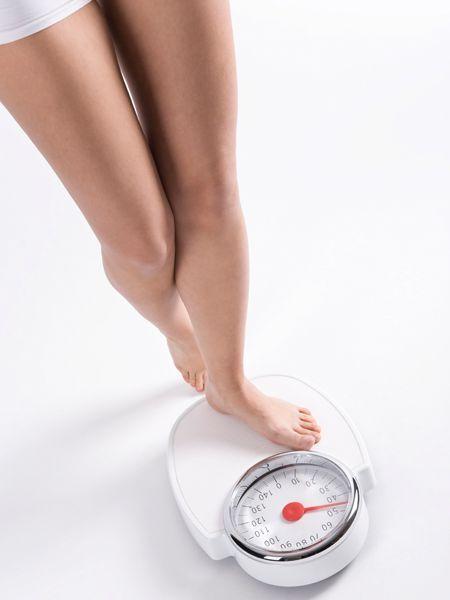 Mit der Stoffwechsel-Diät kannst du schon innerhalb der ersten 24 Stunden 1 Kilo verlieren. Halte dich einfach an das