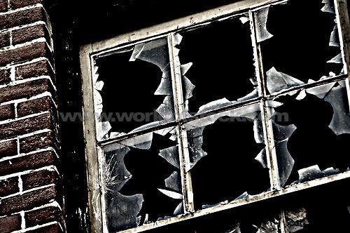 Broken Windows Theory - ทฤษฎีกระจกแตก