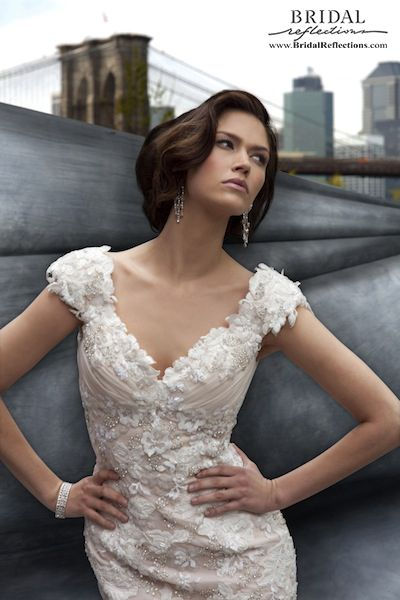 Stephen Yearick Couture Wedding Dress - Wow. . . just wow.