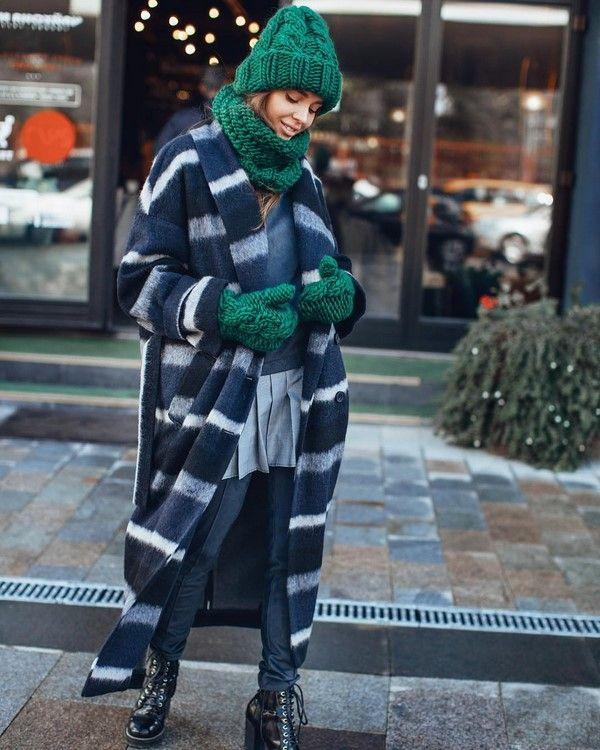 37d09415094c Лучшие шапки осень-зима 2018-2019: модные женские шапки-новинки ...