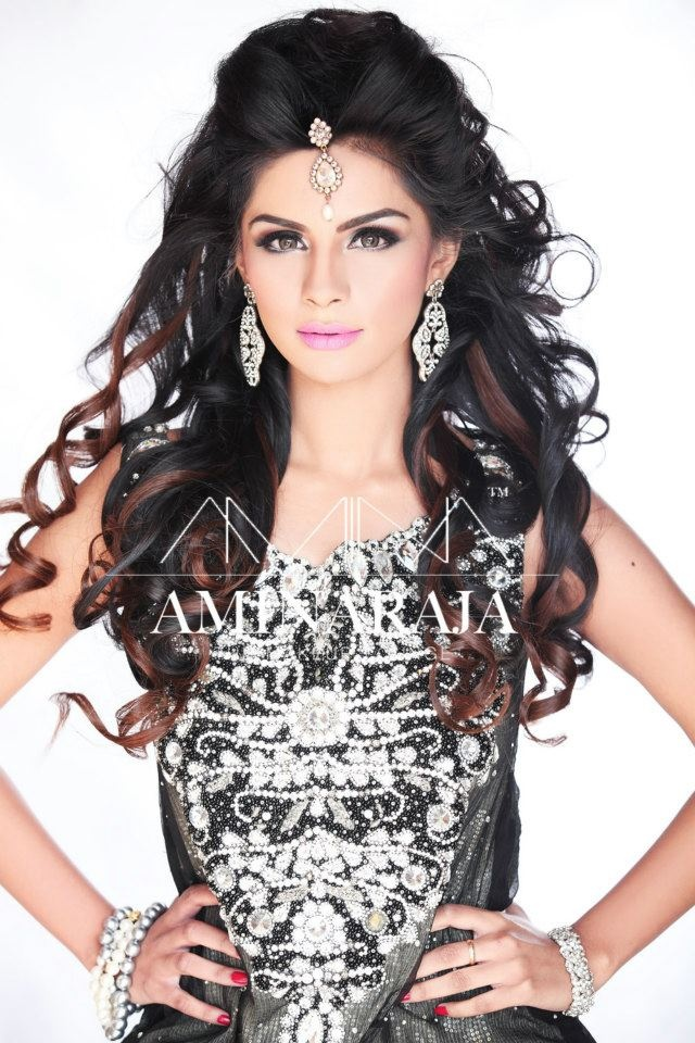 Pakistani makeup. love the hair. Gonna try this look on my sisters wedding inshallah.