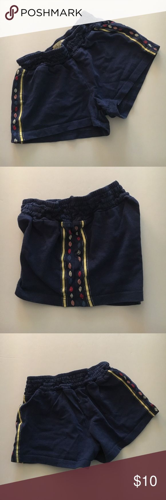 Lucky Brand Navy Knit Tribal Shorts size 24 Months These shorts are in excellent condition! Thanks so much for checking out this item today! We know that the shipping price is kinda ridiculous, so we suggest you bundle to get more for your money! Who doesn't love saving some cash? I do not trade. Please only leave kind comments. Reasonable offers welcome 😊 Lucky Brand Bottoms Shorts
