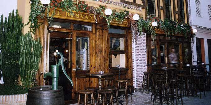 51 best images about mar a antonieta on pinterest - Decoracion de pub ...