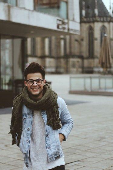 H&M Sweater, Zara Jacket, Bershka Scarf