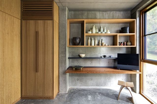 South Coast House NSW. A simple pallet of Concrete and Blackbutt is used in the study.