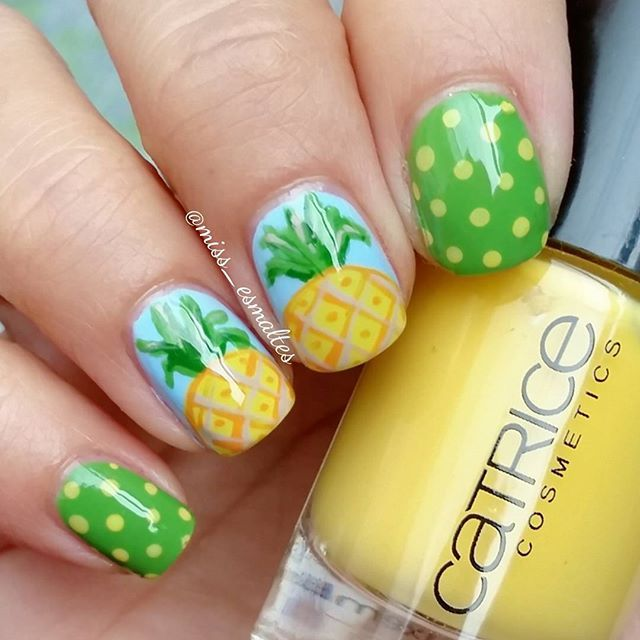 Pineapple Nails by Instagrammer @miss_esmaltes