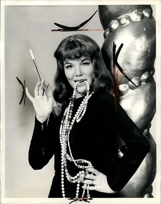 1960 Actress Nanette Fabray Pearls