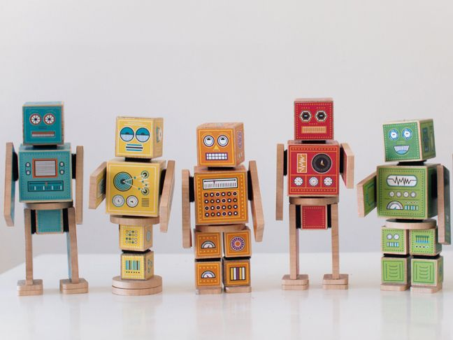 Which is why I was over the moon to discover Caravan Shoppe, a site chock-full of adorable printables, including their Ollibots line of robot blocks.