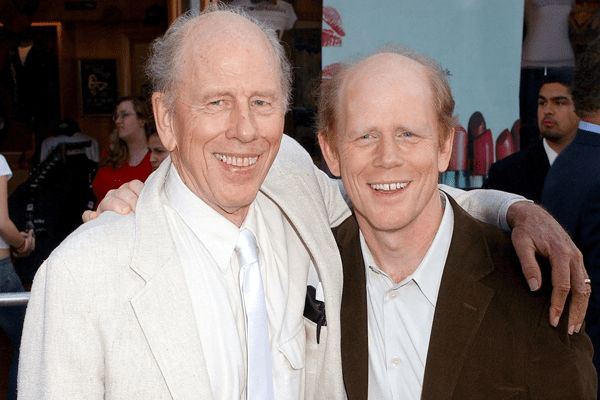 Ron Howard is one of the great directors of his time. Rance Howard has also acted in many of Ron's movies including Apollo 13, Splash, Cocoon and The Da Vinci Code.