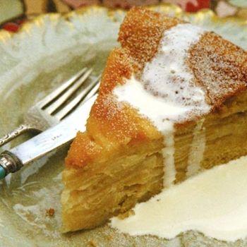 Drunken Apple Cake | Kuchen Borracho