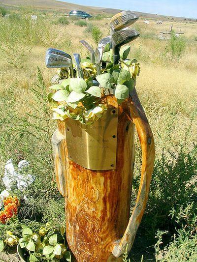 Farewell Funeral Planners: Unique Gravestones 7