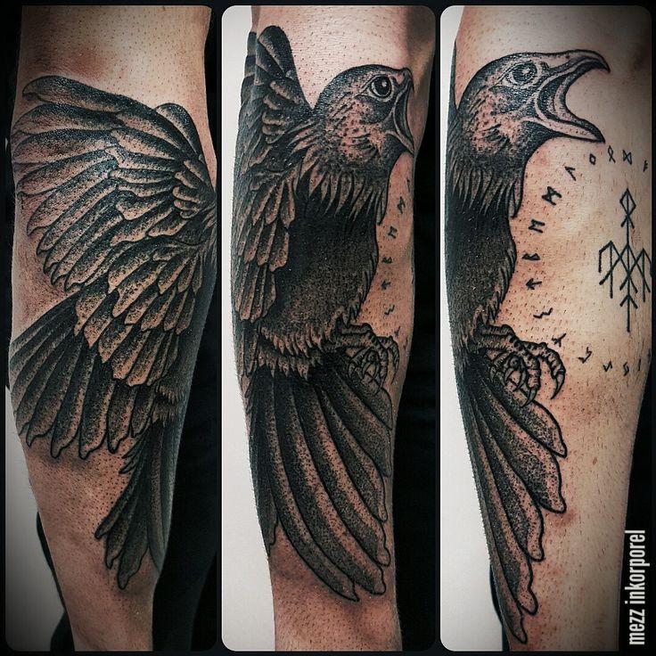 Plus de 25 id es uniques dans la cat gorie corbeau tatouage sur pinterest tatouages corbeau - Tatouage corbeau signification ...