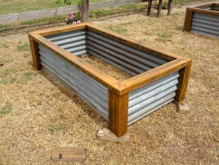 rustic garden box   Raised garden beds vegetable planter boxes recycled hardwood iron ...