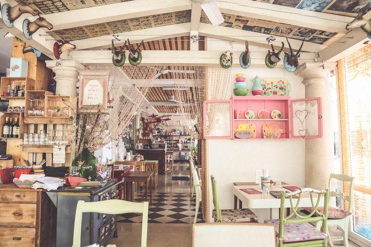 Lido di Jesolo Magazzino delle Scope travel eat restaurant cool interiors