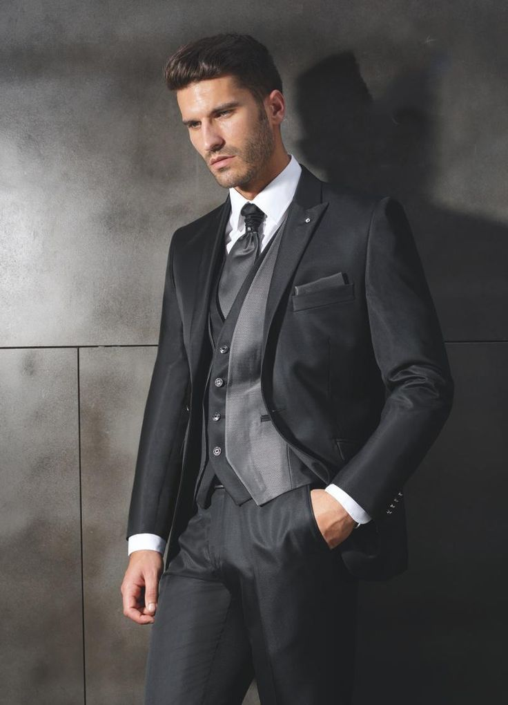 New Arrival Cheap Formal Groom Tuxedos Businesss Mens Suits Custom Made Slim Fit Wedding ForWedding Ceremony Jacket Pant Vest