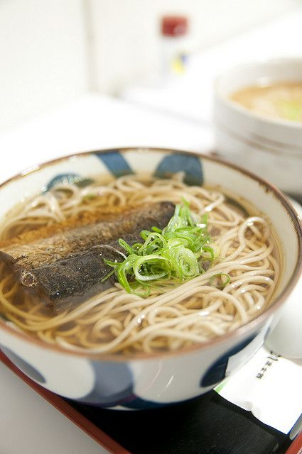 Nishin soba, Japanese buckwheat noodles in hot soup with stewed herring - a popular Kyoto dish 京都のにしんそば