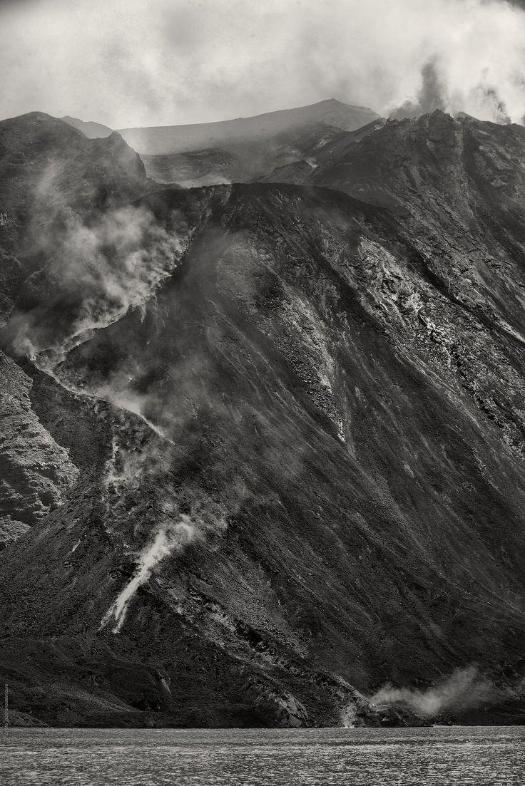 https://flic.kr/p/oWDeWj | stromboli_8600 | Stromboli - Aeolian Islands - Italy 2014