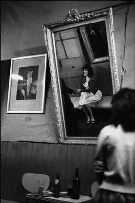 "CHILE. Valparaiso. 1963. .The ""Seven Mirrors"" cafe by Sergio Larrain."