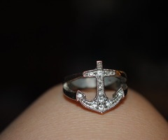 anchor ring: Anchor Rings, Pirate Ring, Jewelry Shoes Accessories, Anchor Rimg, Anchors Away, Engagement Rings, Pirate Gal, Anchor Jewelry
