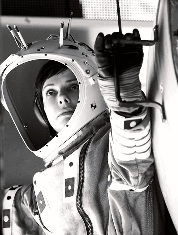 Haven't seen Gravity yet? Why waste your time at a crowded theatre when you can see it at the Frank Banko Alehouse Cinema here at SteelStacks?! Enjoy the atmosphere and maybe even a Yuengling... http://www.artsquest.org/pages/details.php?58749