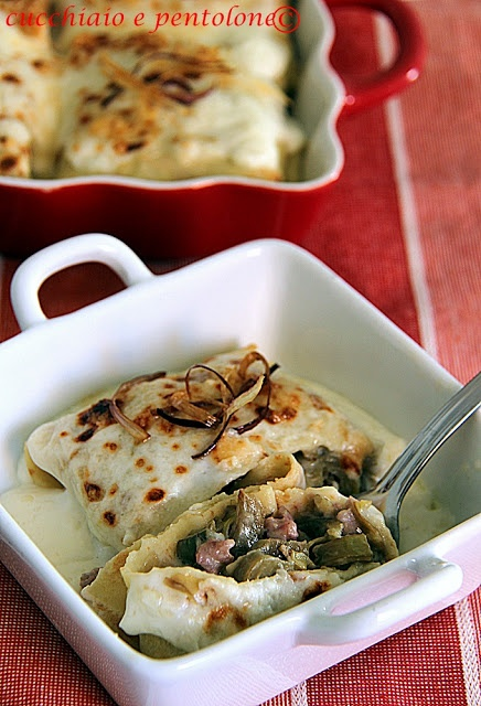 crepes ai carciofi e salsiccia con besciamella allo stracchino                     #recipe #juliesoissons
