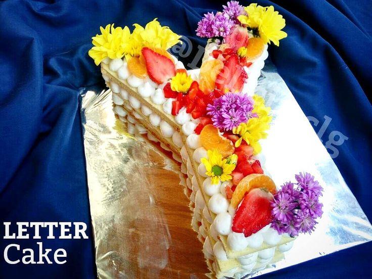 2 rasa yg bisa saya rasakan untuk ini:  1. Enak. 2. Sangat Enak.  #Lettercake #juventini #juventinicilegon #cupcake #cupcakecilegon #cake #cakecilegon #jualcake #jualcupcake #customcake #icingsugars #flowercake #artcake #halalcake #kitkatcake #cakeshop #birthdaycake #birthdayboy #birthdaygirl #kulinercilegon #weddingcake #engagementcake #cakehantaran #kuehantaran #cupcakehampers #hampers #partycake #bridalshower #bridalshowercakecilegon #bridalshowercake #kueulangtahuncilegon #flowercake…