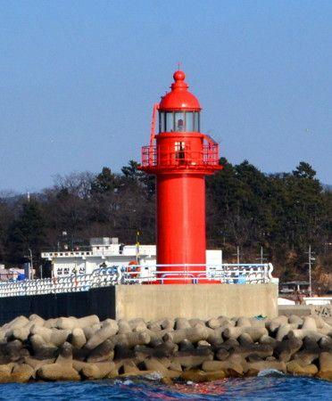 Lighthouses of South Korea: Sacheon and Namhae Area, Sacheon East Breakwater