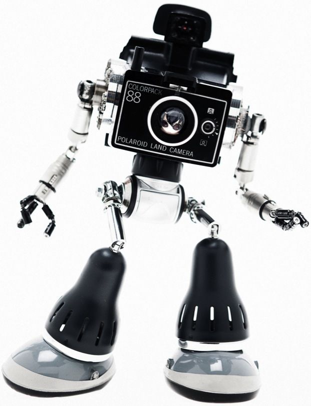 Mechanical Sculptures Built from Discarded Objects by Andrea Petrachi: Gadgets, Amazing Photography, Robots Art, Toys, Discarded Object, Sculpture Built, Mechanics Sculpture, Andrea Petrachi, Old Cameras