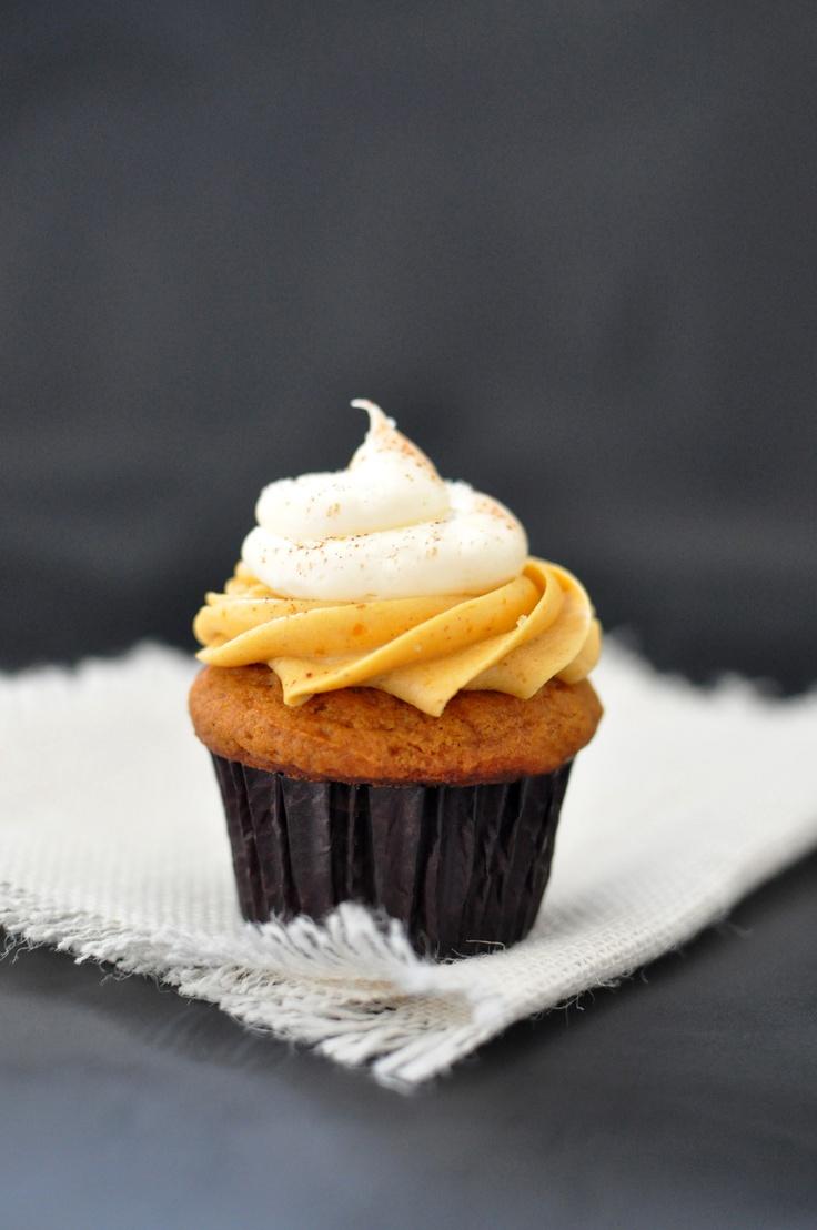 Pumpkin Pie Cupcakes Recipe — Dishmaps
