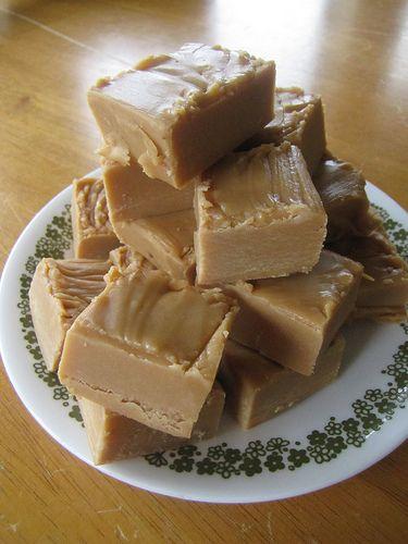 russian fudge: Art Fudge, Fudge Recipes Russian, Http Pin Recipes Com, Russian Fudge I, Fudge Candy Squares, Pb Fudge, Delicious Russian, Russian Christmas Food, Http Pinned Recipes Com
