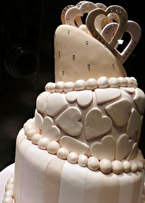 Hochzeitstorte - Schiefe Hochzeitstorten -