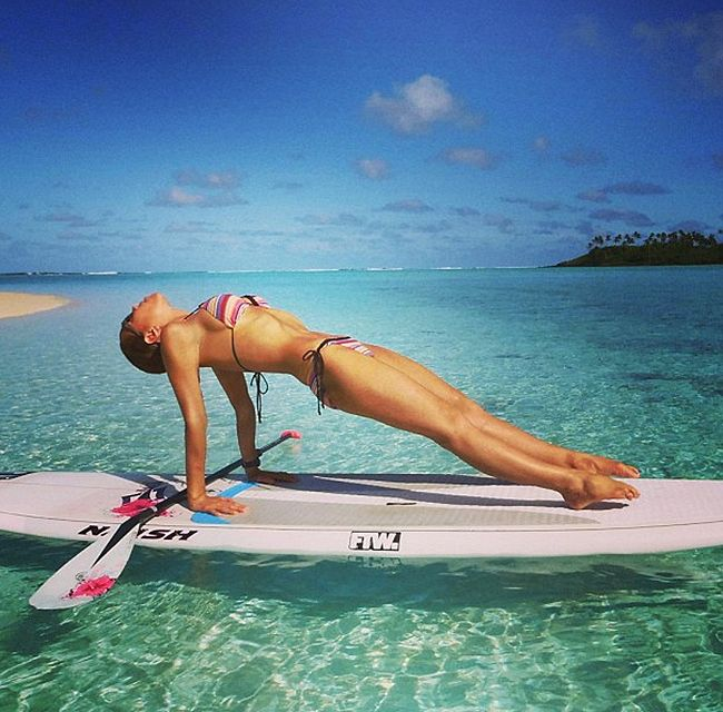 23 Steps To Becoming A Stand Up Paddleboard Yoga Goddess