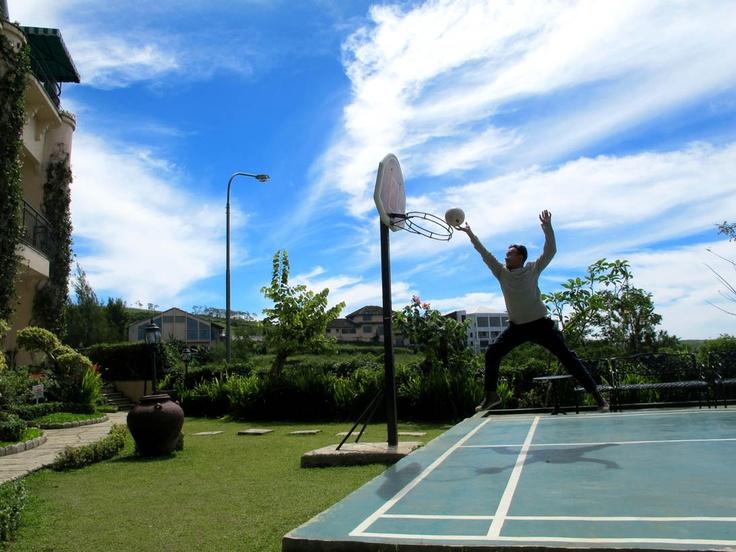 "outdoor multicourt ""basketball"""
