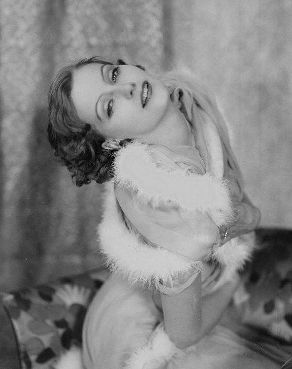 gatabella:  Greta Garbo, 1920s