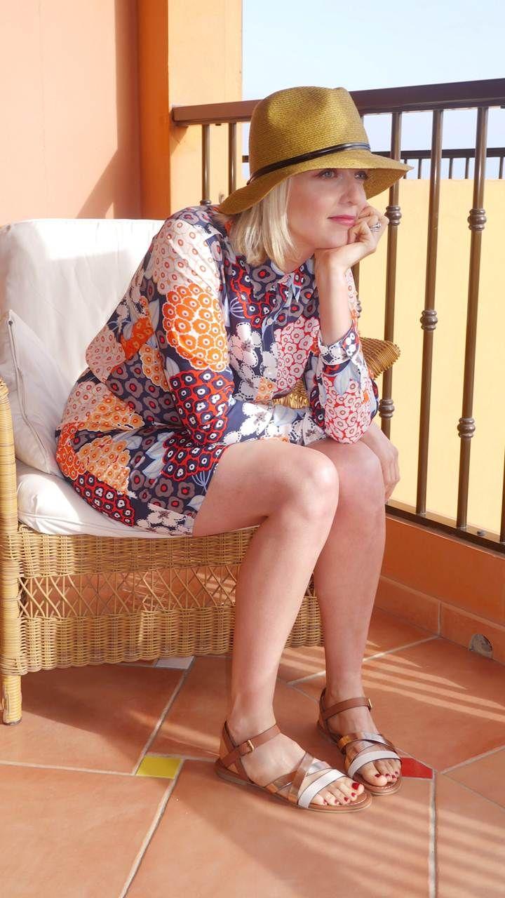 Lauren Laverne wears the Boden Shirt Dress & snadals. March 2015.