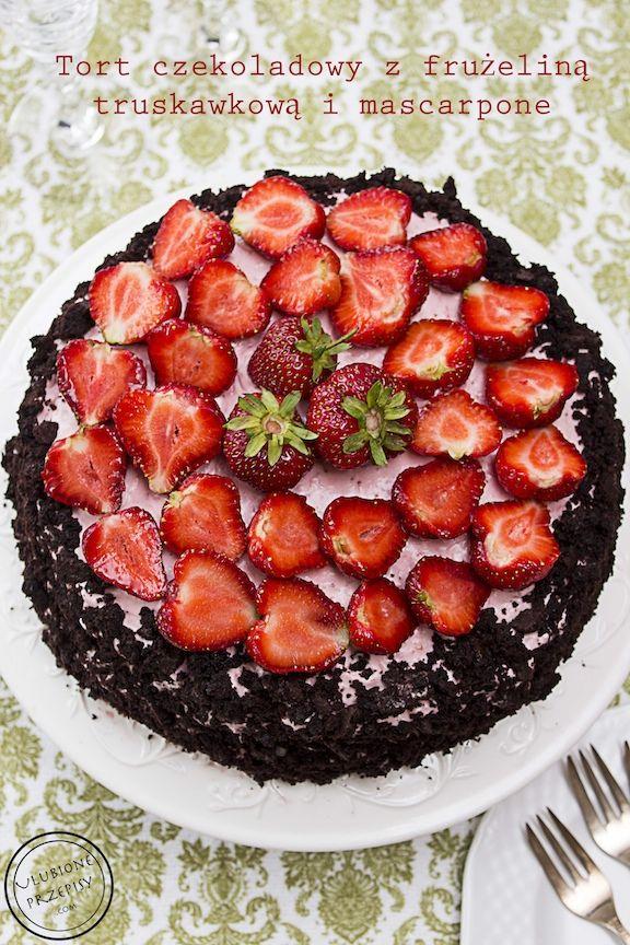 Zapraszam na bloga po przepis na mocno czekoladowy tort z frużeliną truskawkową i mascarpone  Tort jest pyszny. Polecam  #tort #truskawki http://ulubioneprzepisy.com/2014/06/11/tort-czekoladowy-z-fruzelina-truskawkowa/