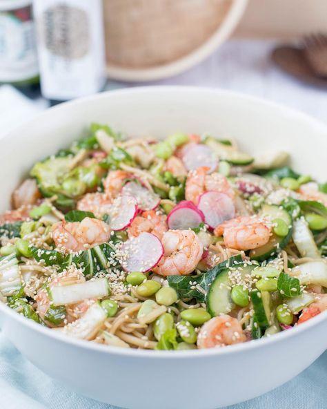 Salade met paksoi en garnalen
