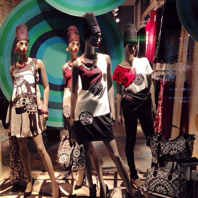 #витринымилана #милан #италия #мода #стиль #milano #style #italy #fashion #desigual #glamurnenko