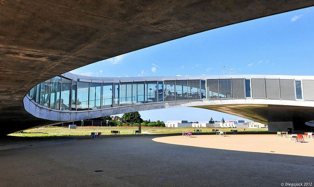 EPFL, Rolex Learning center | Flickr - Photo Sharing!
