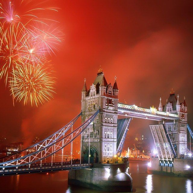 New Years in London this year? #holiday #trip #vacation #friends #experience #moments #memories #explore #discover #amazing #love #beautiful #plan #enjoy #family #water #life #organize #travel #events #live #winter #nye #london #uk #tower #bridge #river
