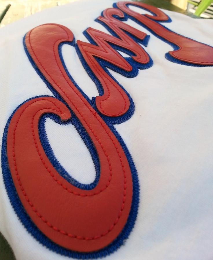 Embroided DMRP logo on 'DMRP' Vintage BB raglan tee