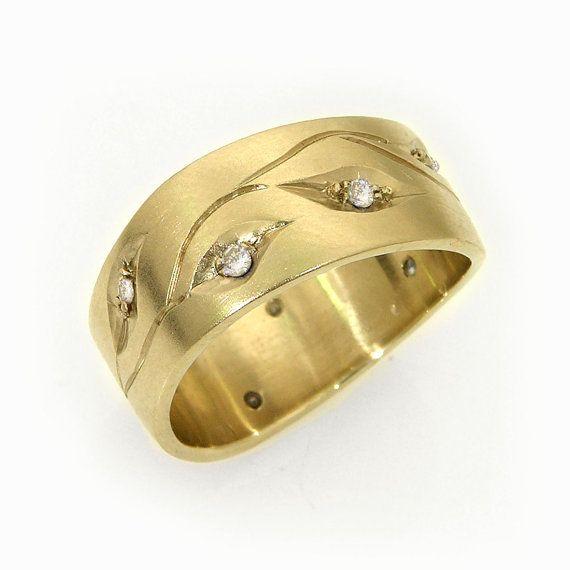 Yellow Gold Wedding Band, Engraved Wedding Band, Women Wide Wedding Ring, Diamonds Set Band, Solid Gold Band, Fine Designer Ring Size 6