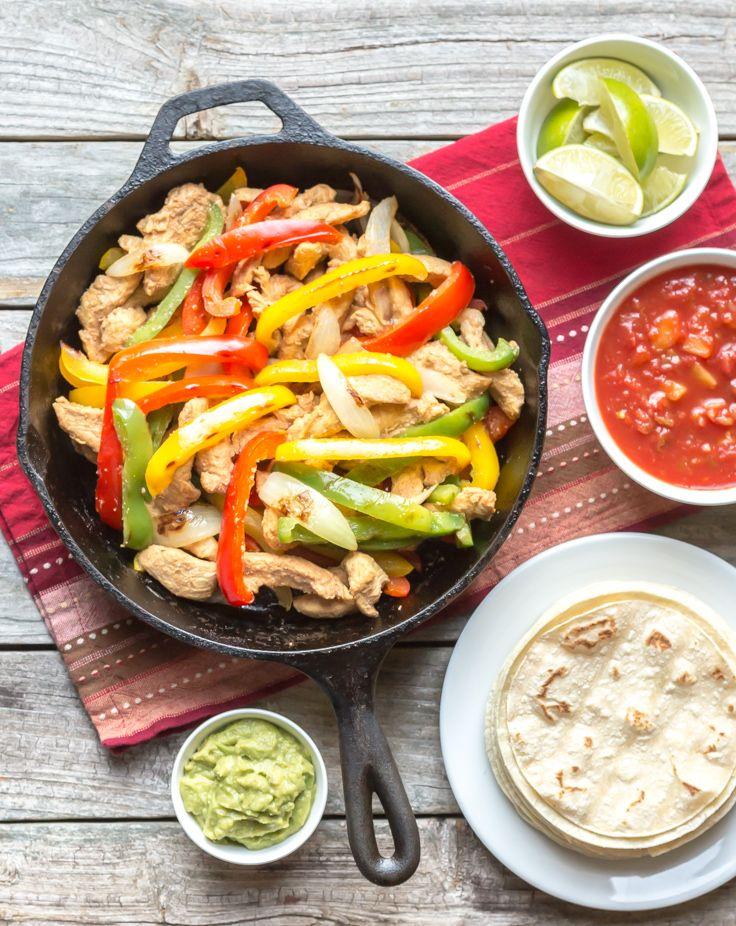 Tortilla kip met quacamole en salsa